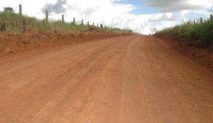 09042017072634-300x173 Prefeitura de Camalaú abre estrada e tira comunidades do isolamento