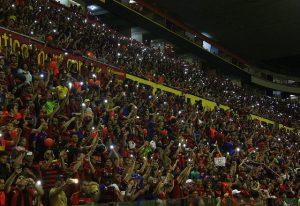 14774057371225-29773422983_3ac7d0b2c5_z-300x206 Copa do Nordeste: Sport devolve placar na Ilha e elimina o Campinense nos pênaltis