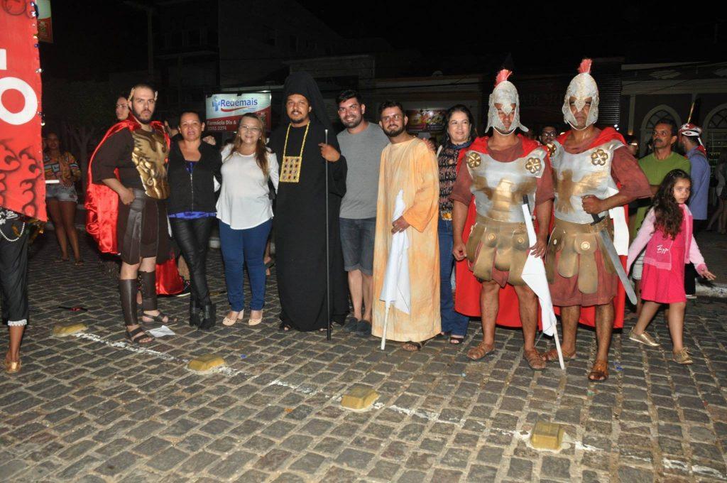 17880381_1863838623889328_5639267340763706566_o-1024x680 Mais Imagens da primeira noite de apresentação do espetáculo da Paixão de Cristo 2017 em Monteiro