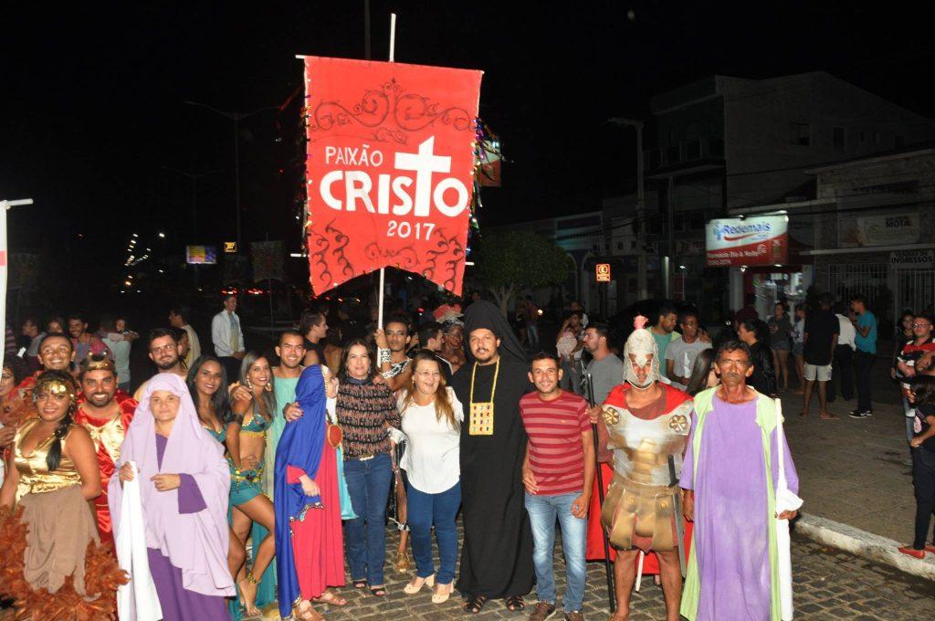 17880558_1863838517222672_2097608982333567918_o-1024x680 Mais Imagens da primeira noite de apresentação do espetáculo da Paixão de Cristo 2017 em Monteiro
