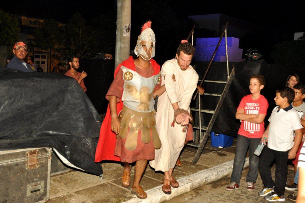 17880621_1863831607223363_5203007195786107065_o-1024x680 Mais Imagens da primeira noite de apresentação do espetáculo da Paixão de Cristo 2017 em Monteiro