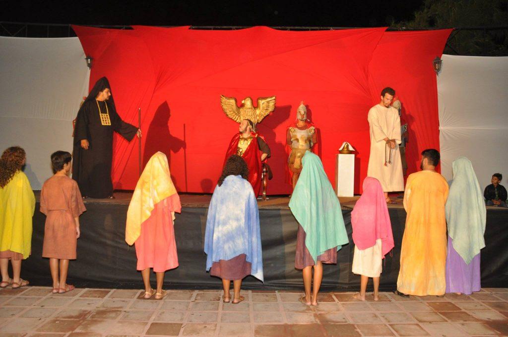 17880621_1863831743890016_2680447568857667926_o-1024x680 Mais Imagens da primeira noite de apresentação do espetáculo da Paixão de Cristo 2017 em Monteiro