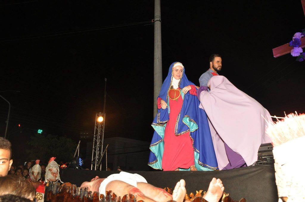 17880630_1863832613889929_5425515406179780071_o-1024x680 Mais Imagens da primeira noite de apresentação do espetáculo da Paixão de Cristo 2017 em Monteiro