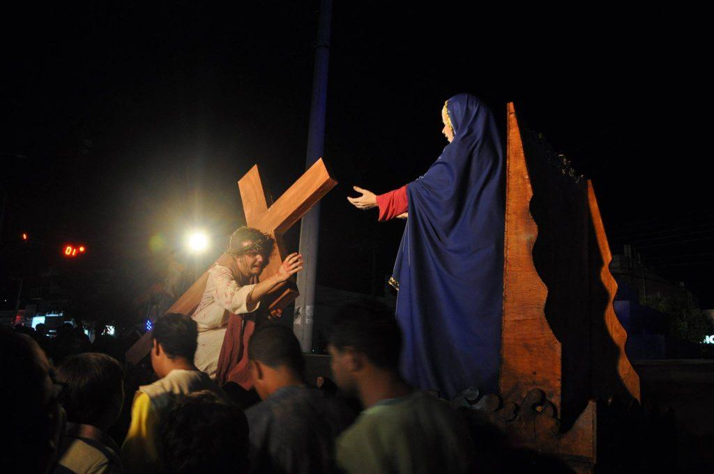 17917833_1863832317223292_4164234600483886631_o-1024x680 Mais Imagens da primeira noite de apresentação do espetáculo da Paixão de Cristo 2017 em Monteiro