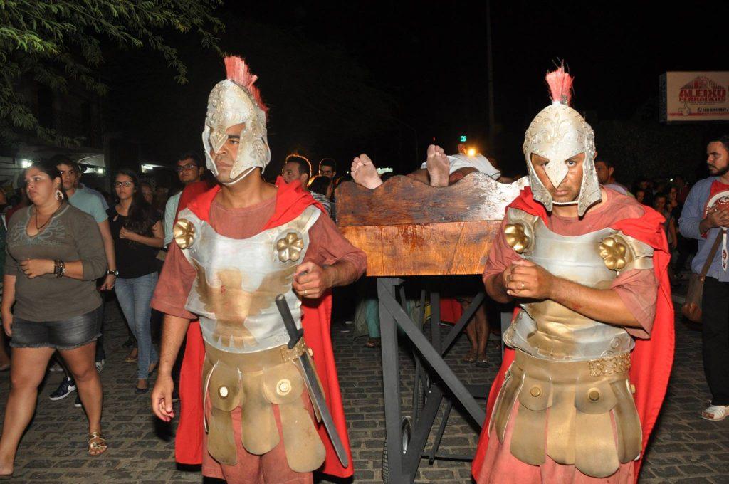 17966265_1863832643889926_1045370047466686583_o-1024x680 Mais Imagens da primeira noite de apresentação do espetáculo da Paixão de Cristo 2017 em Monteiro