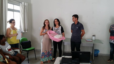 2-1 Governo Municipal de Camalaú entrega kits para gestantes