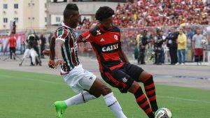 20170402165047907_5-300x169 Já classificados, Flamengo e Fluminense fazem clássico que 'não vale nada' no Carioca