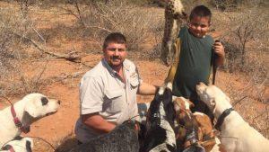 cacador-comido-por-crocodilos-300x169-1-300x169 Exame de DNA vai revelar se caçador foi devorado por crocodilos na África