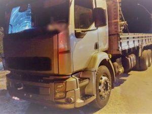 caminhoneiro-preso-com-drogas-300x225 Caminhoneiro é preso na PB após pôr carros para fora da pista e admitir uso de droga
