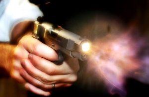 disparo-de-arma-de-fogo1-300x195 Secretário municipal e suplente de vereador é assassinado a tiros no Sertão do Estado