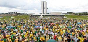 lava-jato-300x146 Congresso reage à Lava Jato com série de propostas para blindar políticos