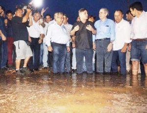 rio-300x231 Ministro e bancada da PB acompanham chegada da água ao açude de Boqueirão