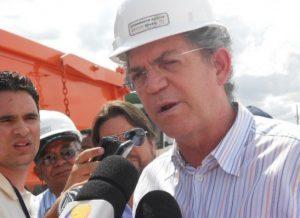 """timthumb-4-2-300x218 TOVAR: """"PBPrev aumentou em 250% de benefícios e isso deve cassar Ricardo"""""""