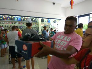 05bbc212-63b0-495a-9731-e26a3fd9ef95-300x225 Confira como foi a inauguração da Realce Calçados a maior Loja de Calçados de Monteiro e Região