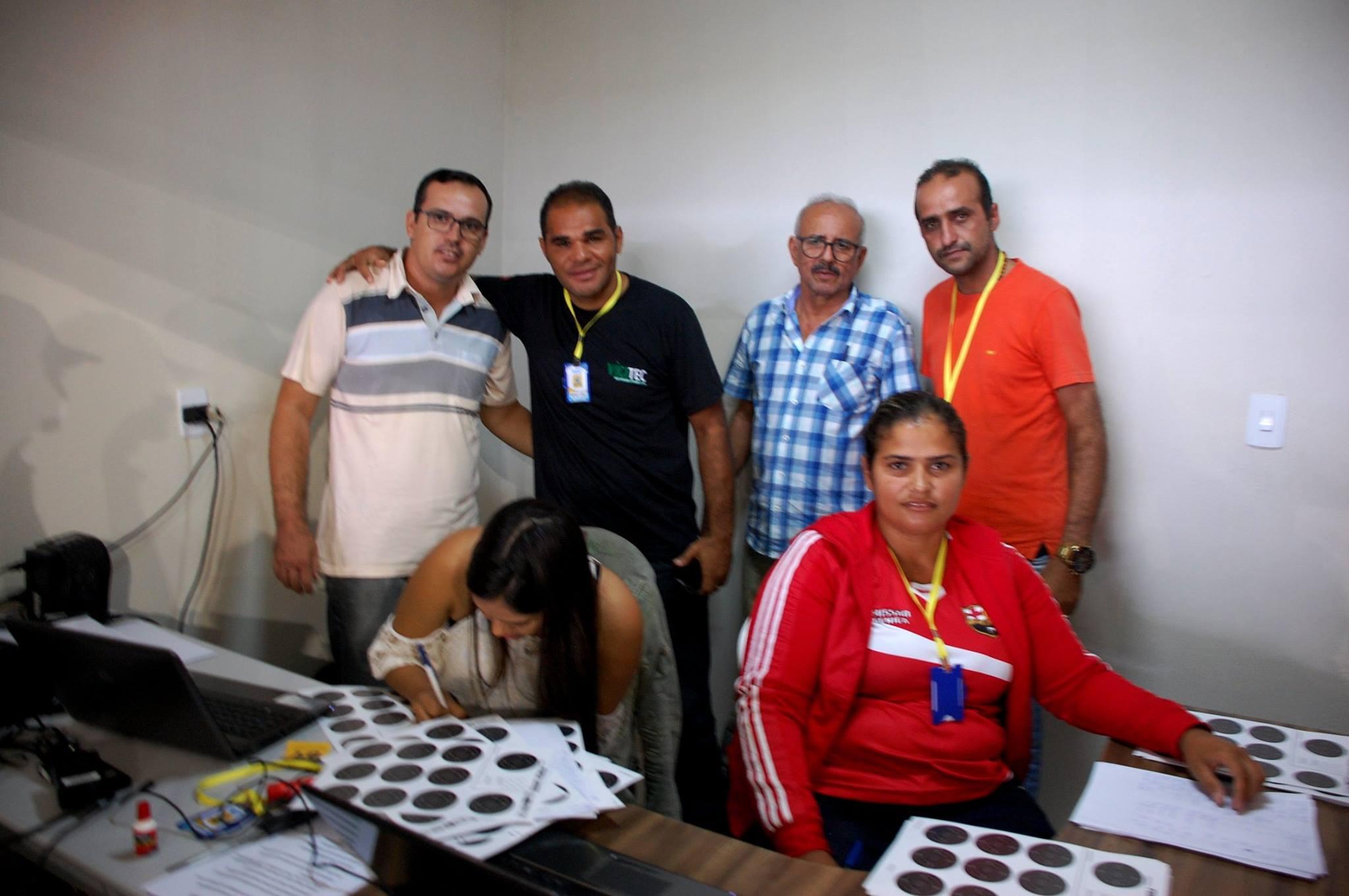 18699681_1889325008007356_6172431740490745368_o-300x199 Participantes comemoram o sucesso do Torneio de Tiro Esportivo de Monteiro