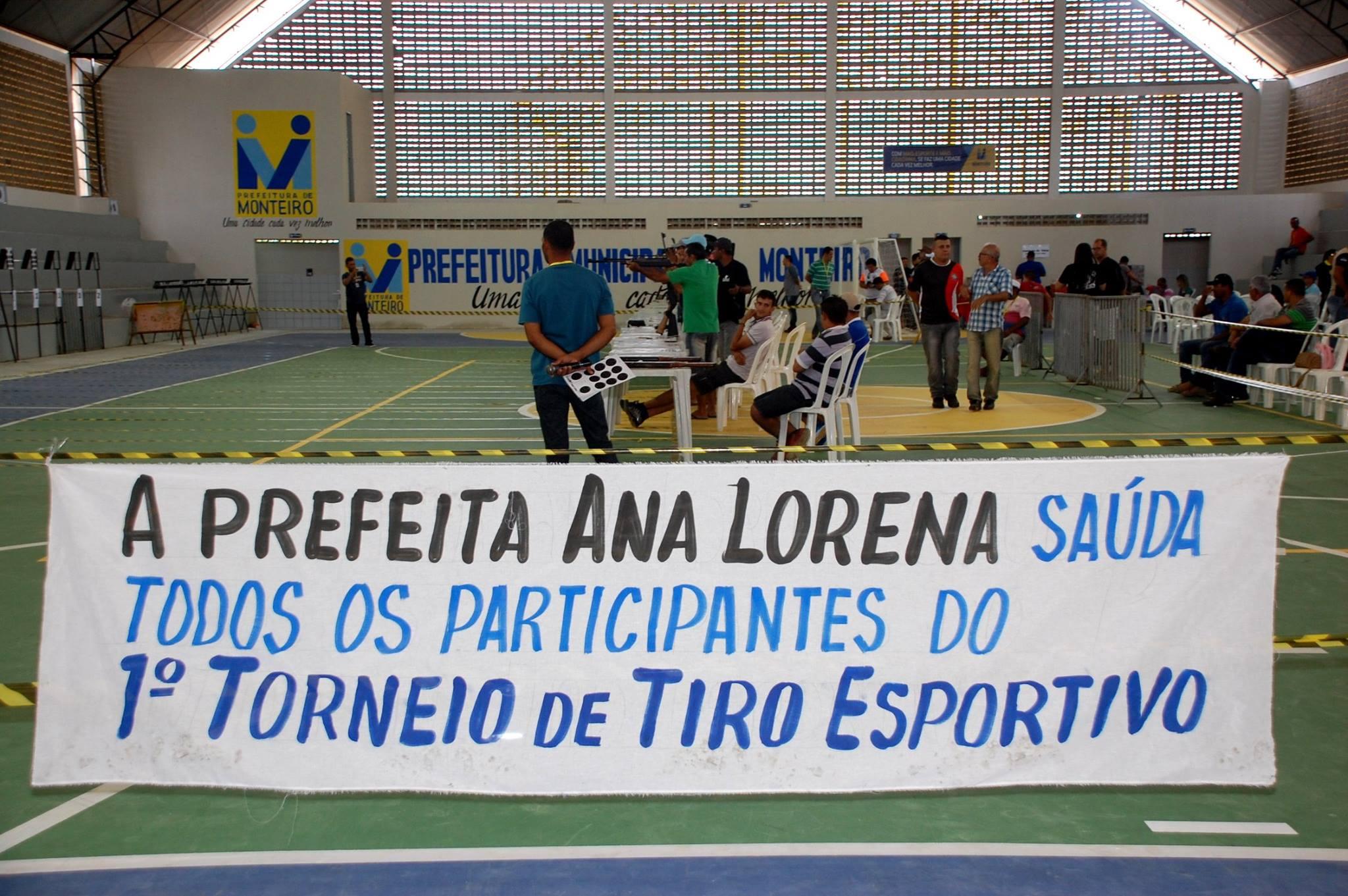 18738931_1889324281340762_2130670700221064535_o-300x199 Participantes comemoram o sucesso do Torneio de Tiro Esportivo de Monteiro