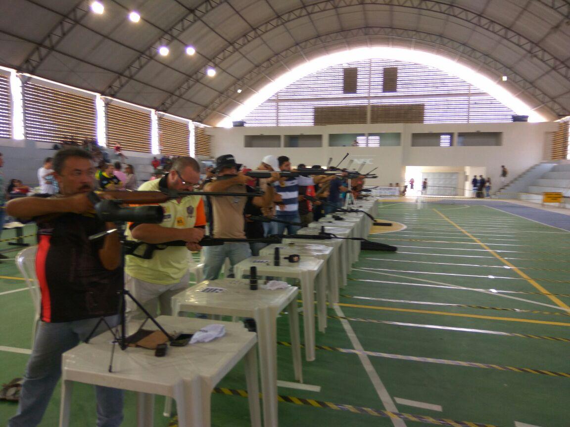 5ac32dfe-df8a-42f6-a73e-94d75f9e7f23-300x225 Participantes comemoram o sucesso do Torneio de Tiro Esportivo de Monteiro