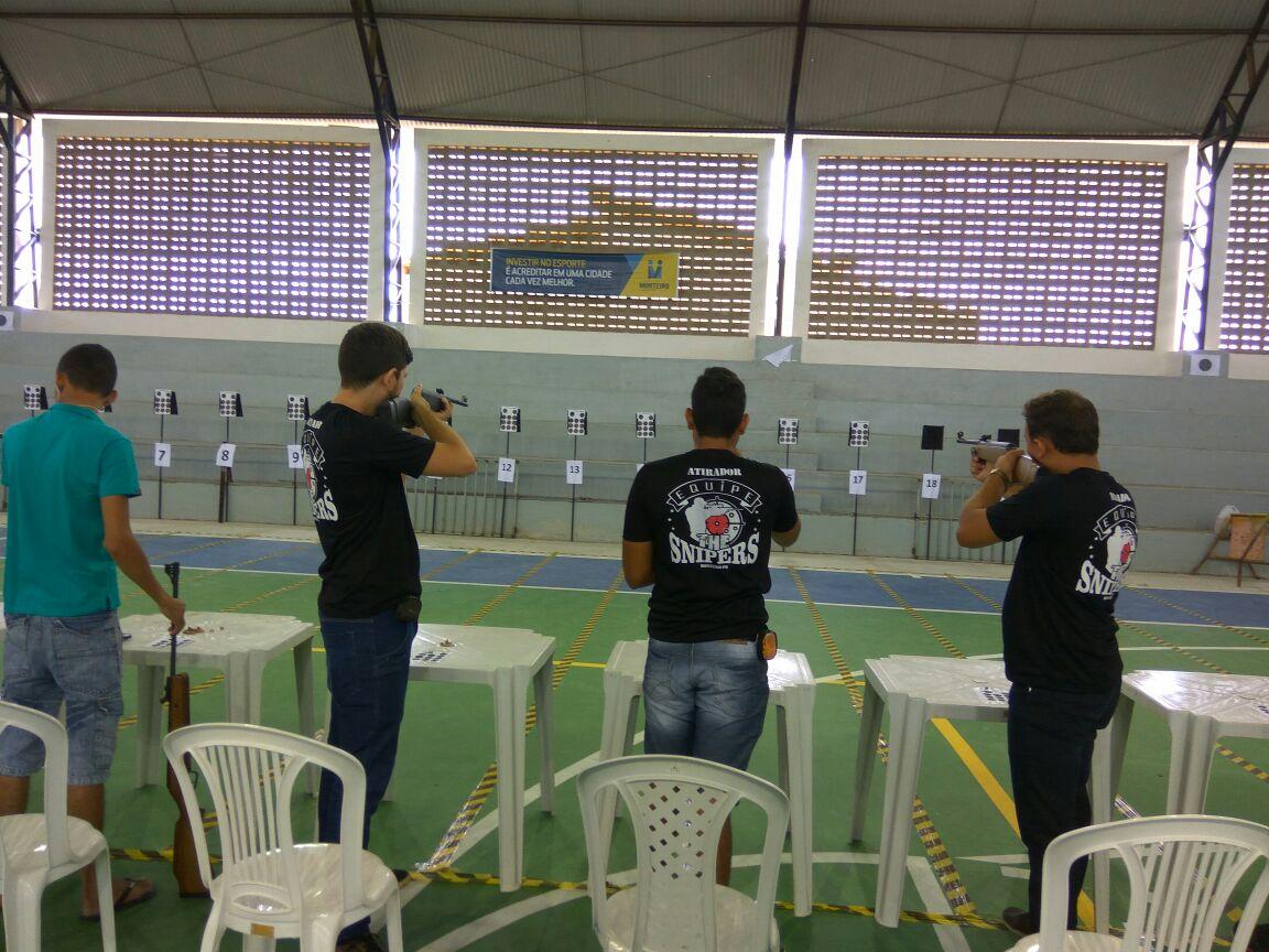6703e1f1-3246-48b9-a2d2-23e806f9c2ee-300x225 Participantes comemoram o sucesso do Torneio de Tiro Esportivo de Monteiro