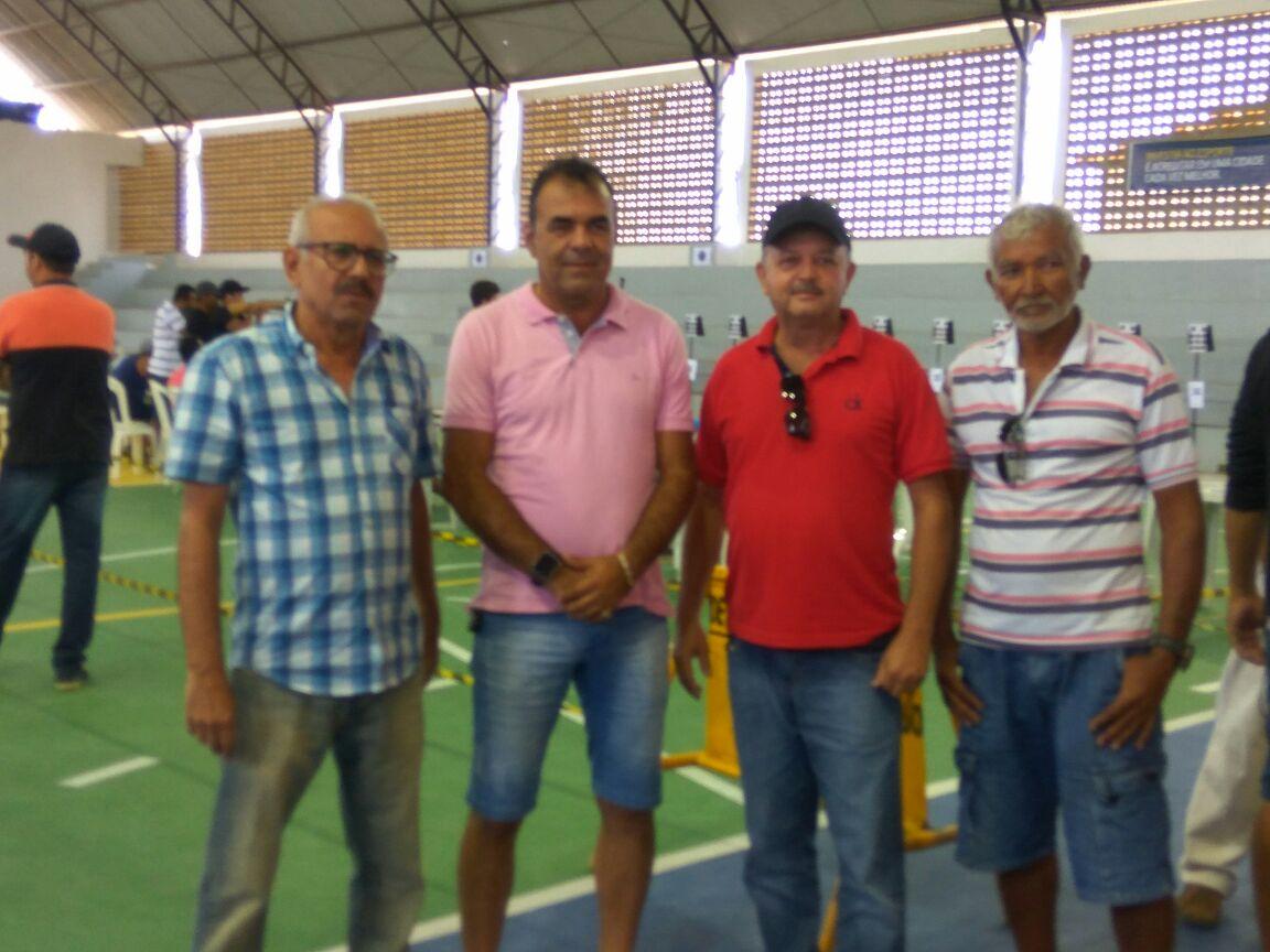 69e85b3e-bda3-4fb1-a3a0-6b1d04e8cd16-300x225 Participantes comemoram o sucesso do Torneio de Tiro Esportivo de Monteiro