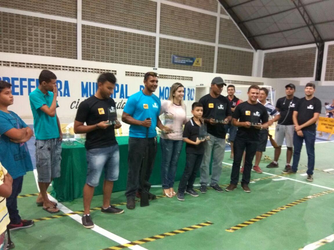 7be784da-9b3c-459a-80ec-fc092b5c13ce-300x225 Participantes comemoram o sucesso do Torneio de Tiro Esportivo de Monteiro