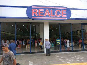 c684bf76-3bce-44fb-aeb0-879aa3d50f40-300x225 Confira como foi a inauguração da Realce Calçados a maior Loja de Calçados de Monteiro e Região