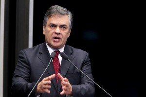 """cassio-cunha-lima-foto-gerdan-wesley-1-300x200 """"O governo caiu"""", diz Cássio Cunha Lima a investidores sobre situação de Temer na Presidência"""