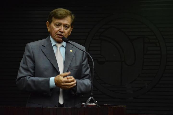 joao-henrique-300x200 Deputado João Henrique apresenta Emendas à LDO e pede construção de casas