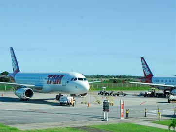 17067136280003622710000-1-300x225 Comissão da ALPB aprova passagens de avião gratuitas para idosos e deficientes