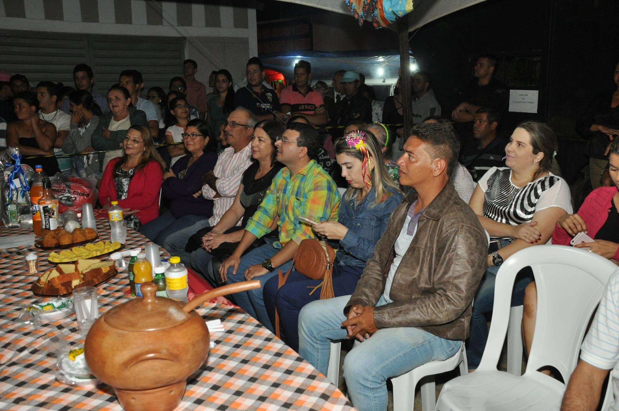 19055744_1899327640340426_5332838057646408398_o-1024x680 OPIPOCO mostra como foi a Segunda noite do festival de quadrilhas em Monteiro. Confira Imagens