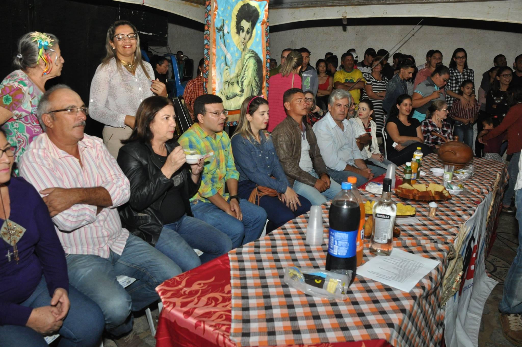 19092673_1899327017007155_6020430815591547824_o-1024x680 OPIPOCO mostra como foi a Segunda noite do festival de quadrilhas em Monteiro. Confira Imagens