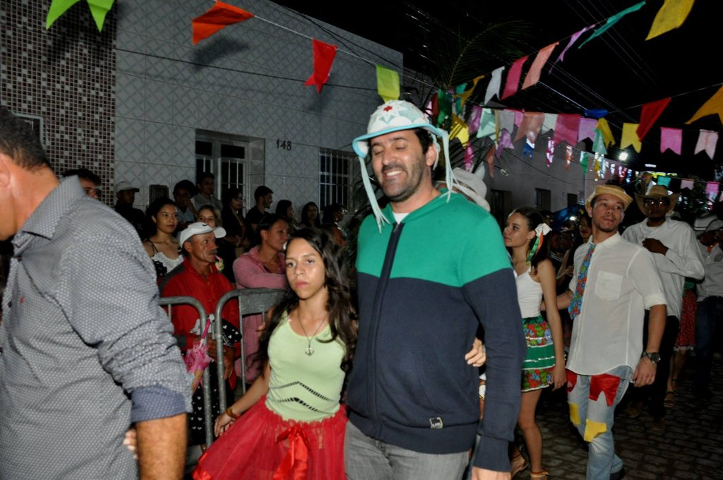 19095393_1899990236940833_8605779545538274688_o-1024x680 OPIPOCO mostra como foi a Terceira noite do festival de quadrilhas em Monteiro. Confira Imagens