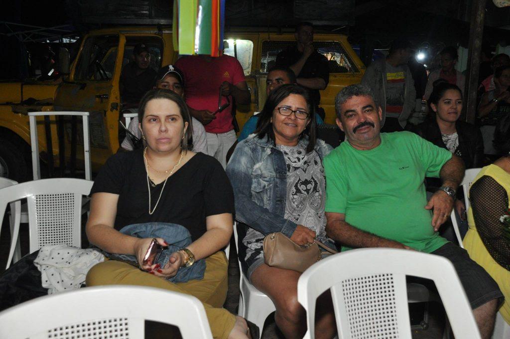 19143151_1899990706940786_4146396806238412804_o-1024x680 OPIPOCO mostra como foi a Terceira noite do festival de quadrilhas em Monteiro. Confira Imagens
