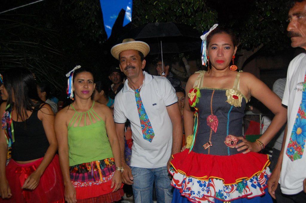 19143937_1900008936938963_7922671519196967752_o-1024x681 OPIPOCO mostra como foi a Terceira noite do festival de quadrilhas em Monteiro. Confira Imagens