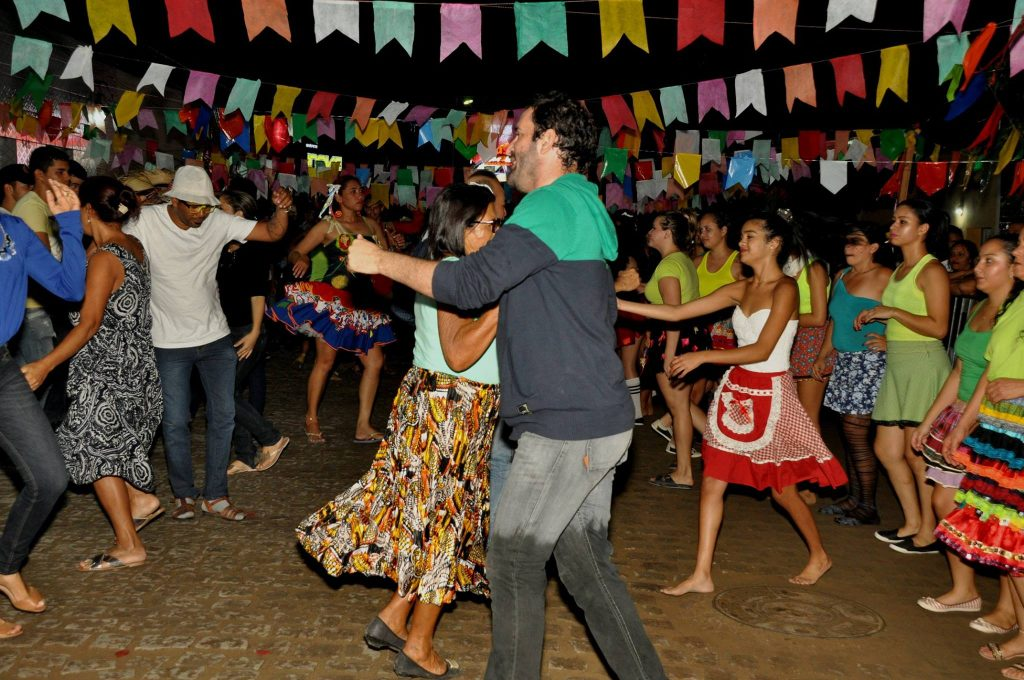 19221806_1899999586939898_565879548461829419_o-1024x680 OPIPOCO mostra como foi a Terceira noite do festival de quadrilhas em Monteiro. Confira Imagens