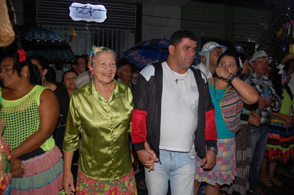 19221849_1900010526938804_2586162911327416391_o-1024x681 OPIPOCO mostra como foi a Terceira noite do festival de quadrilhas em Monteiro. Confira Imagens