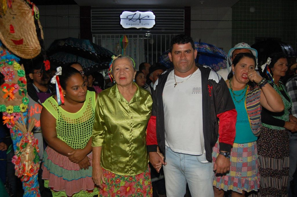 19222644_1900008843605639_8149412610962831187_o-1024x681 OPIPOCO mostra como foi a Terceira noite do festival de quadrilhas em Monteiro. Confira Imagens