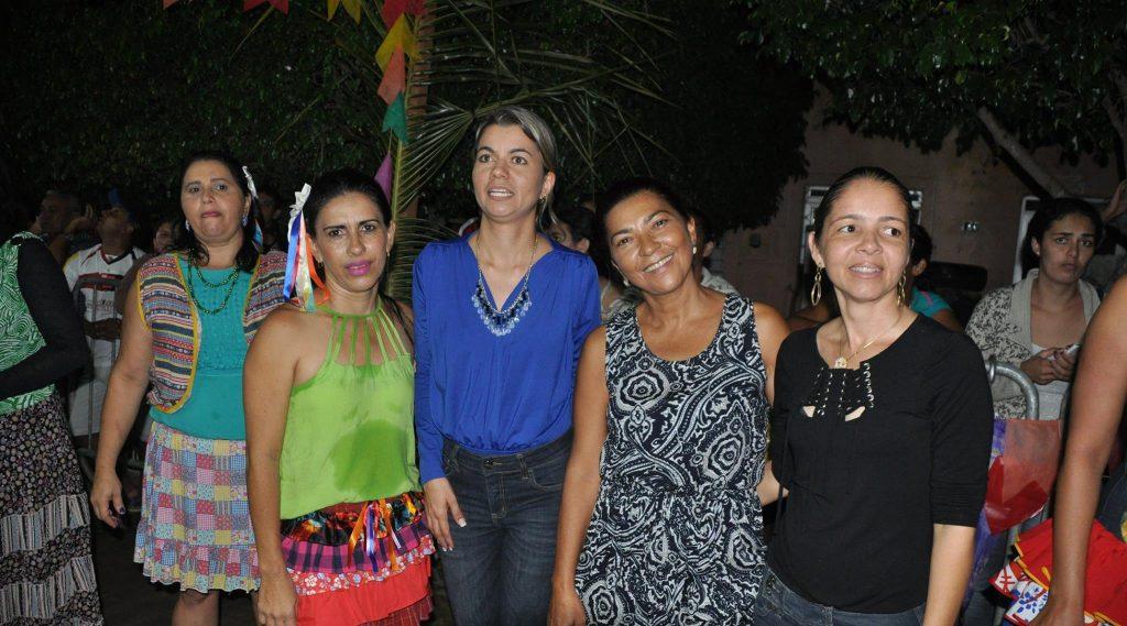 19222748_1899990476940809_8016234529161148861_o-1024x569 OPIPOCO mostra como foi a Terceira noite do festival de quadrilhas em Monteiro. Confira Imagens