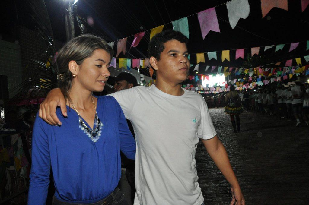 19238177_1899990493607474_7207115090145465120_o-1024x680 OPIPOCO mostra como foi a Terceira noite do festival de quadrilhas em Monteiro. Confira Imagens