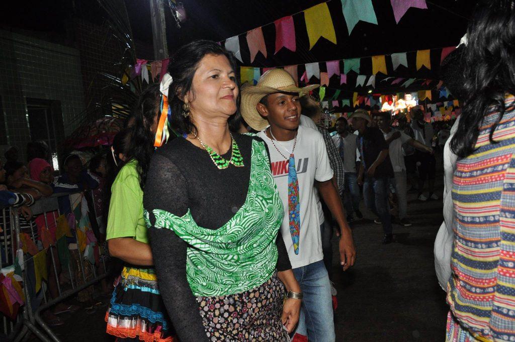19264289_1899999120273278_2765313240187899880_o-1024x680 OPIPOCO mostra como foi a Terceira noite do festival de quadrilhas em Monteiro. Confira Imagens