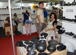201706230717400000009484-300x219 26º Salão de Artesanato da PB já movimentou mais de R$ 60 mil em vendas