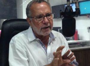 batinga_correio-300x218 Convidado pelo PMDB, Carlos Batinga espera 'sinal verde' para trocar de partido