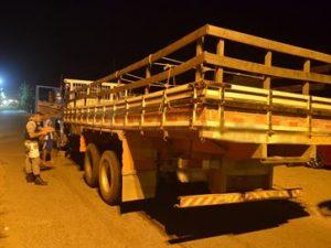 crianca-atropelada-caminhao-300x225 Criança de três anos morre após ser atropelada por caminhão na PB
