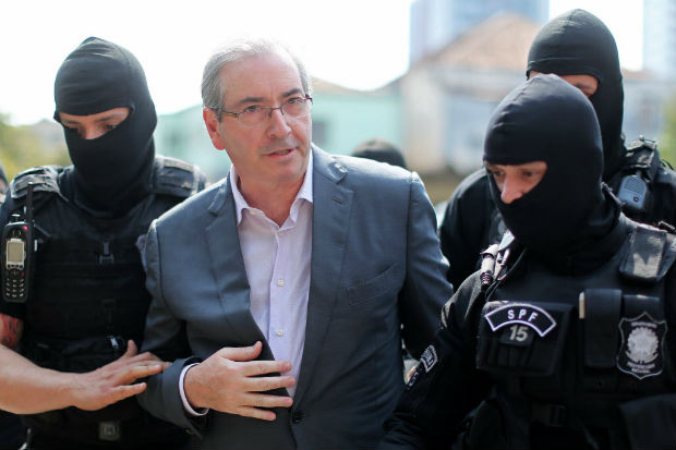 eduardo-cunha-300x200 Em depoimento, Cunha diz que seu silêncio 'nunca esteve à venda'