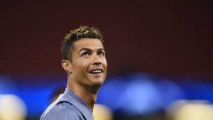 fbl-eur-c1-real-madrid-training-300x169 Elenco do Real Madrid vale R$ 1,1 bilhão a mais que o do Juventus