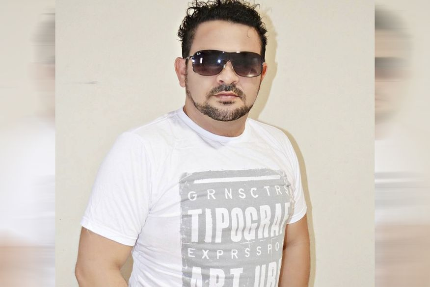 jurandir_azevedo-2-300x200 Cantor paraibano morre ao sofrer infarto em ambulância durante transferência
