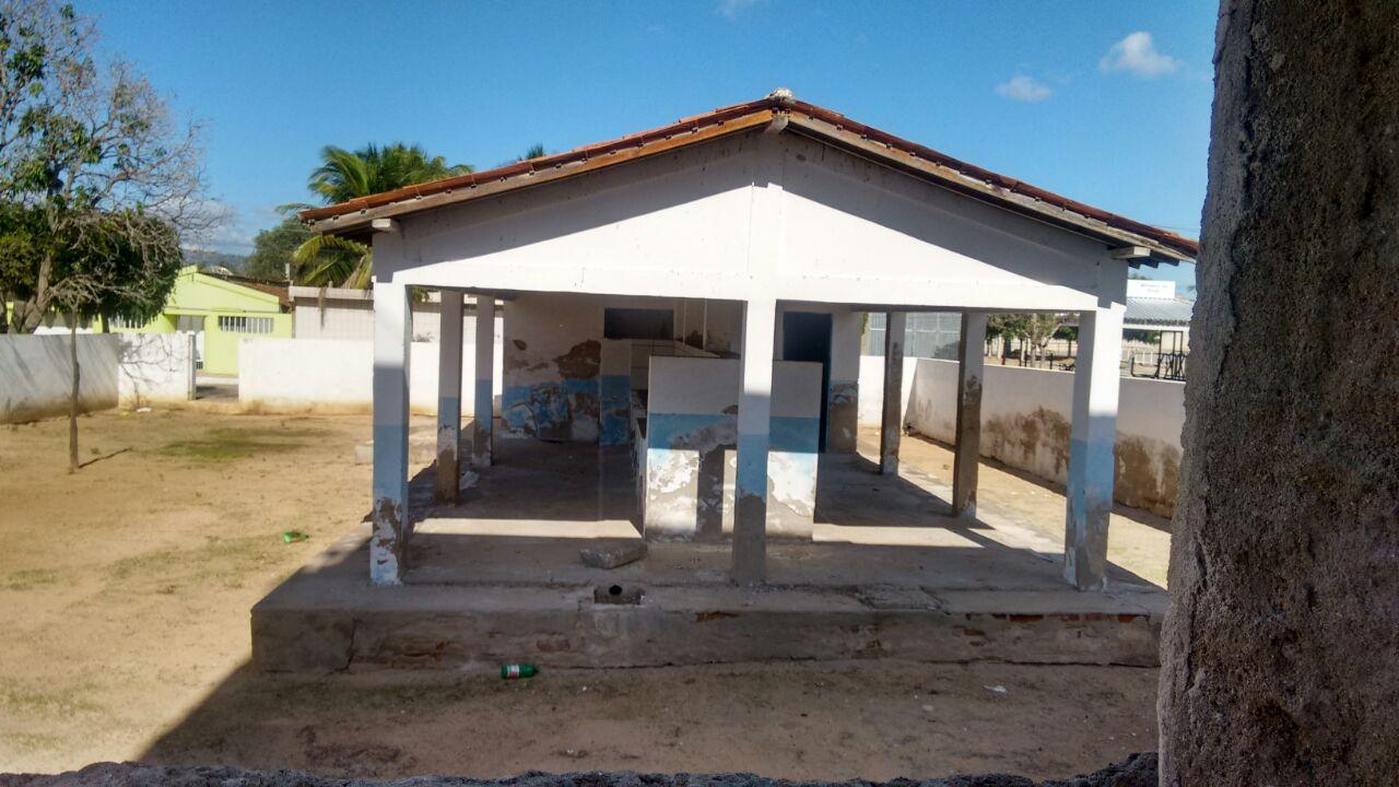 lavaderia-em-sao-joao-do-tigre Em São João do Tigre: Lavanderia pública é abandonadapela gestão do prefeito Célio Barbosa