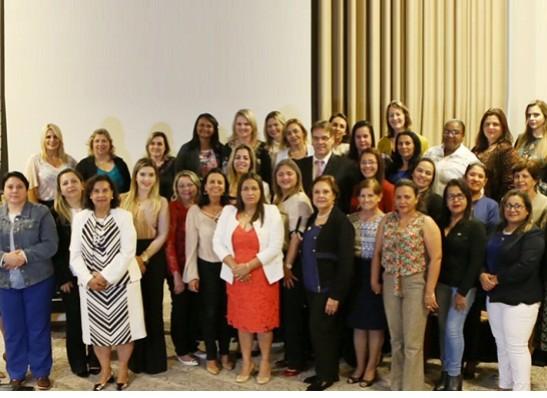 timthumb-5 Prefeita de Monteiro participa de capacitação promovida pelo PSDB-Mulher