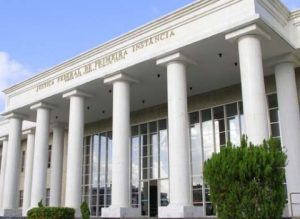 201707121028550000005629-300x219 Ex-prefeito da PB é condenado a quatro anos de reclusão pela Justiça Federal