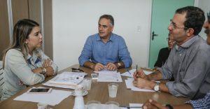 Cartaxo-e-prefeita-de-Monteiro--300x156 Luciano discute com Anna Lorena parcerias na Saúde