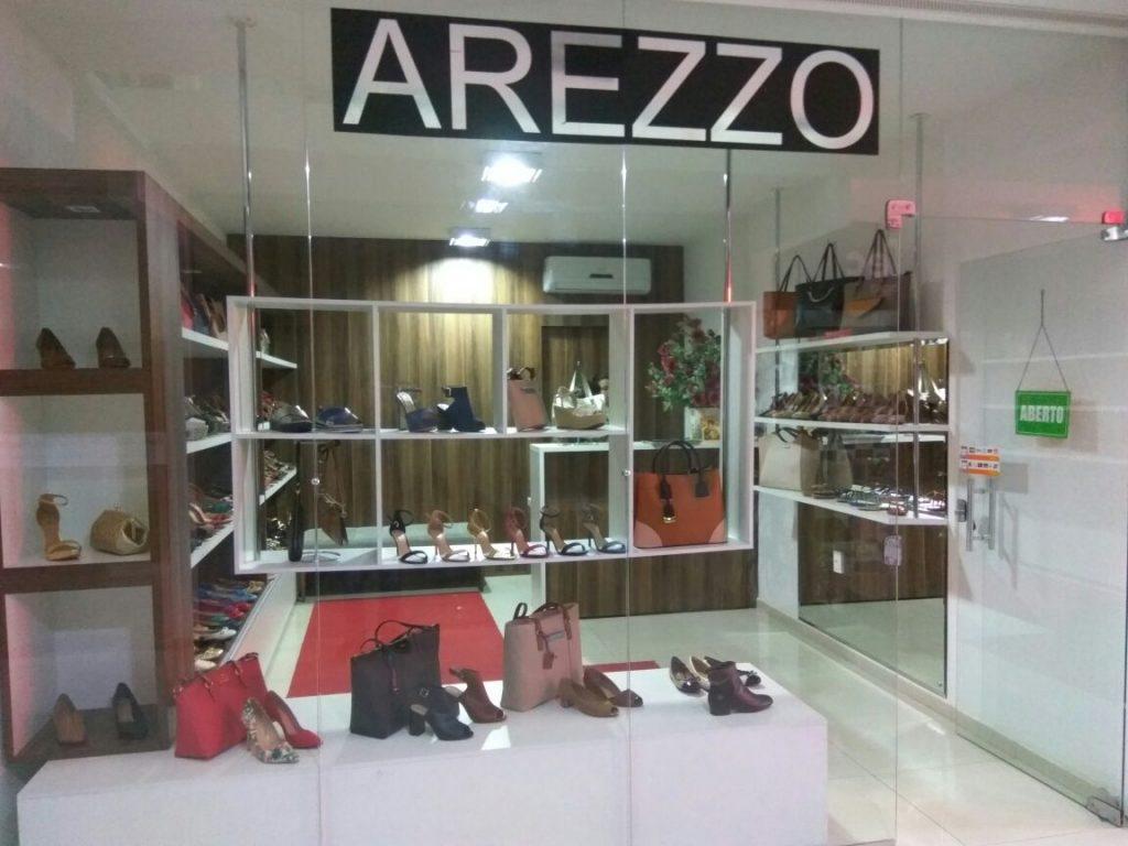 arezzo-monteiro-01-1024x768 Promoções de Renovação de Estoque na Arezzo Monteiro com Até 70% de Desconto.
